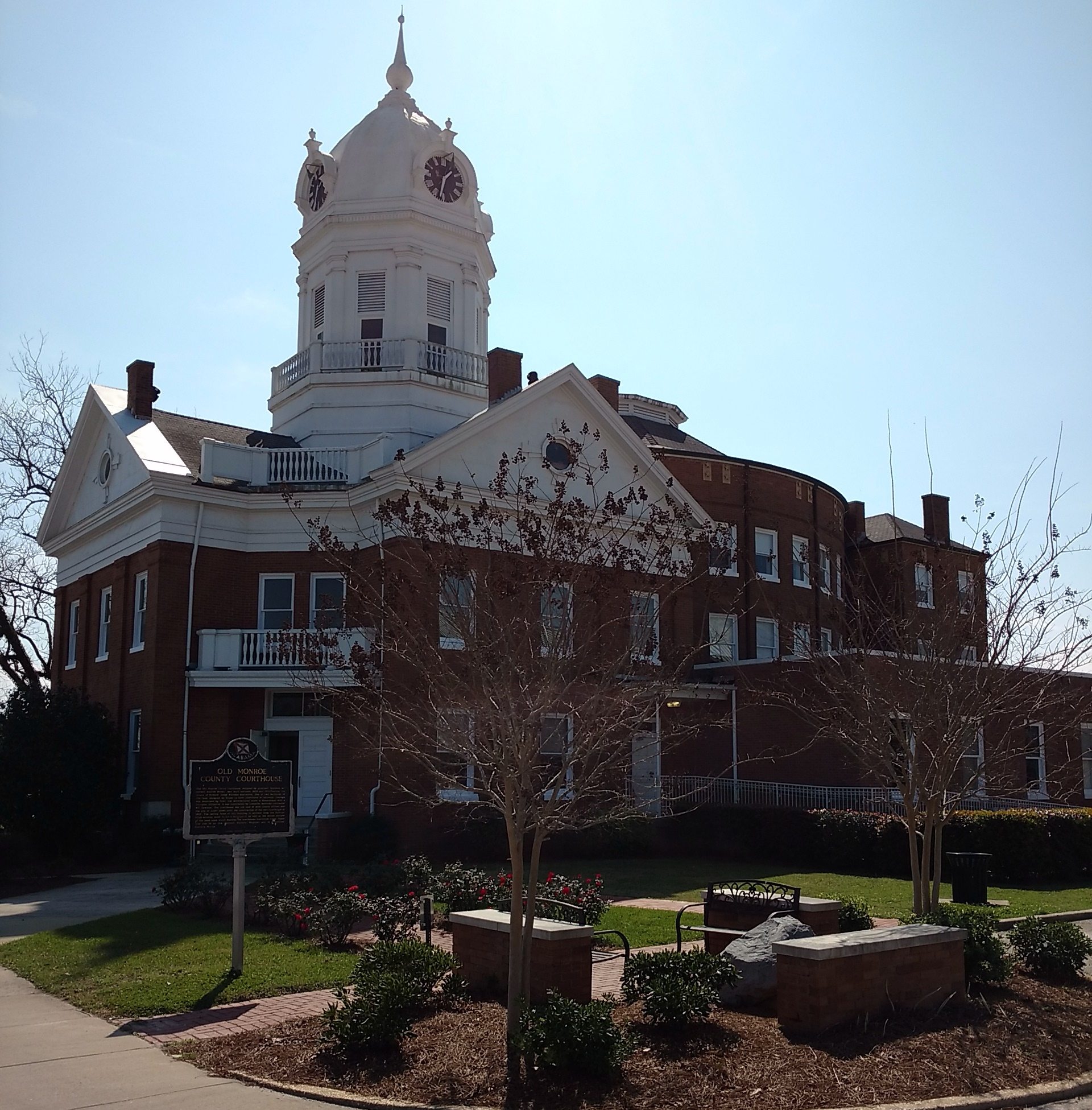 Monroeville-Courthouse-Van-Wersch-Writes