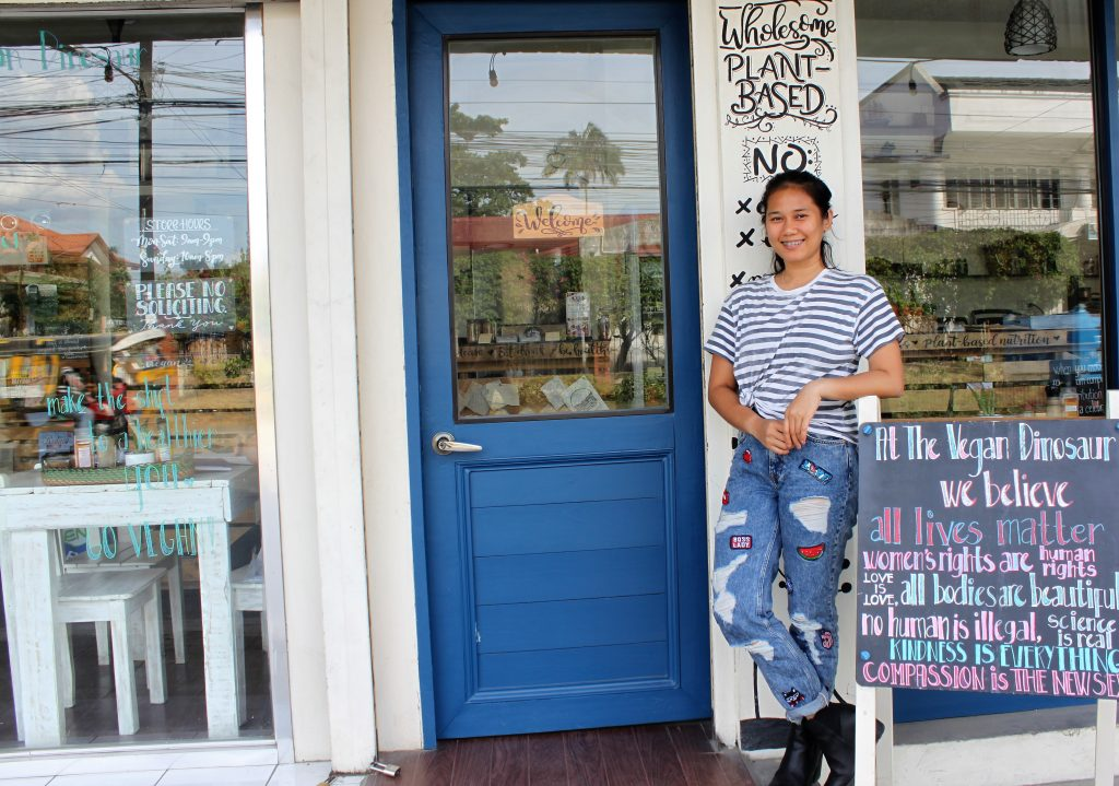 Sahara-Casteel-Davao-Vegan-Dinosaur-Front-Door-Restaurant-Van-Wersch-Writes