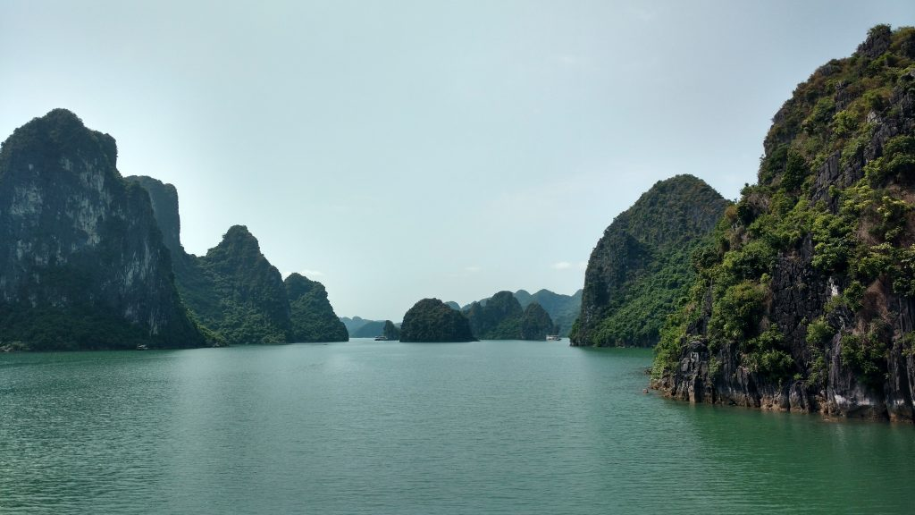Halong-Bay-Rocks-Impressions-Vietnam