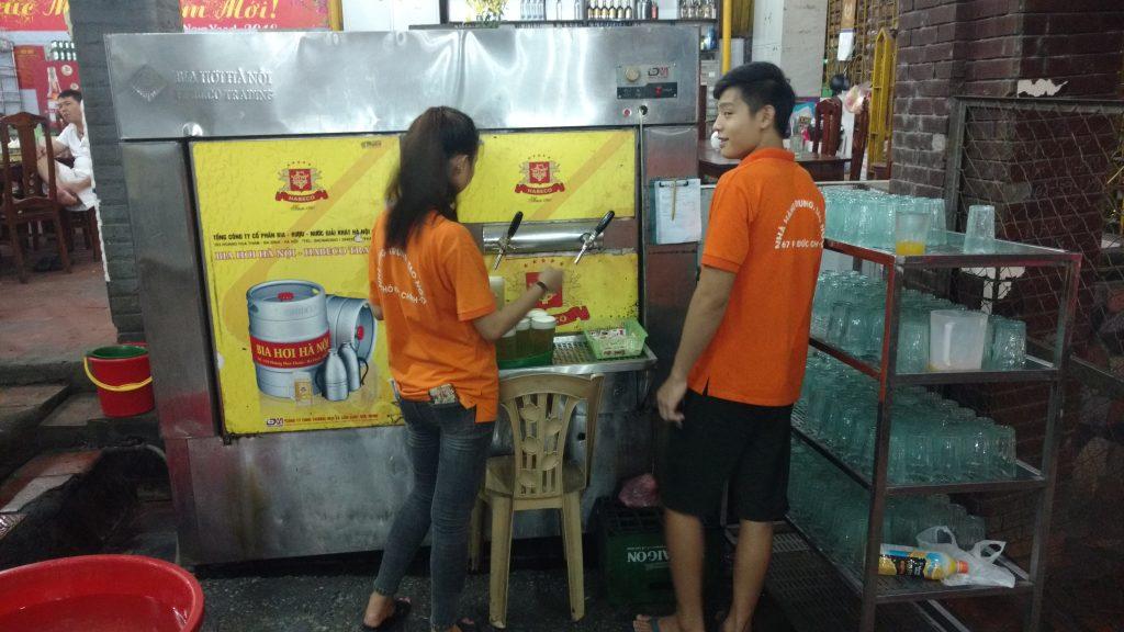 Hanoi-Fresh-Beer-Impressions-Vietnam