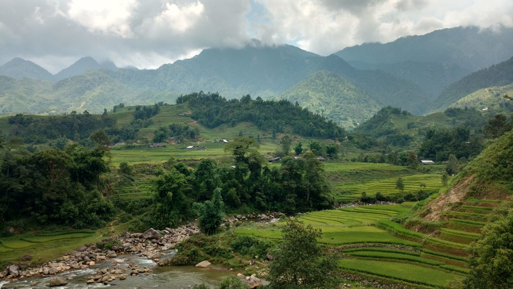 Rice-terraces-Sapa-Hiking-Impressions-Vietnam